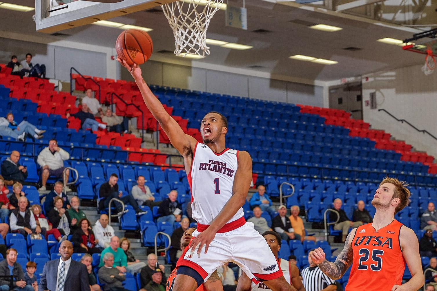 Jeantal Cylla goes for a layup in the first half of the Owls' 79-73 win versus UTSA. Mohammed F. Emran | Staff Photgrapher