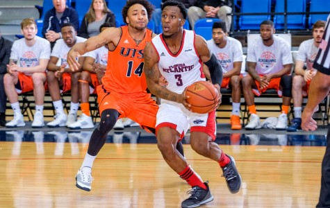 Gallery: Men's Basketball vs. UTSA