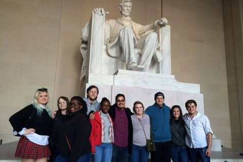 Due-paying members of FAU College Democrats are allowed to travel with the club to conferences or trips, such as the Lincoln Memorial (pictured). Photo courtesy of FAU College Democrats.