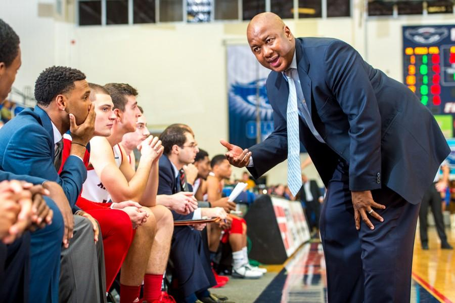 Men S Basketball Assistant Coach Eric Snow Reportedly Resigns From