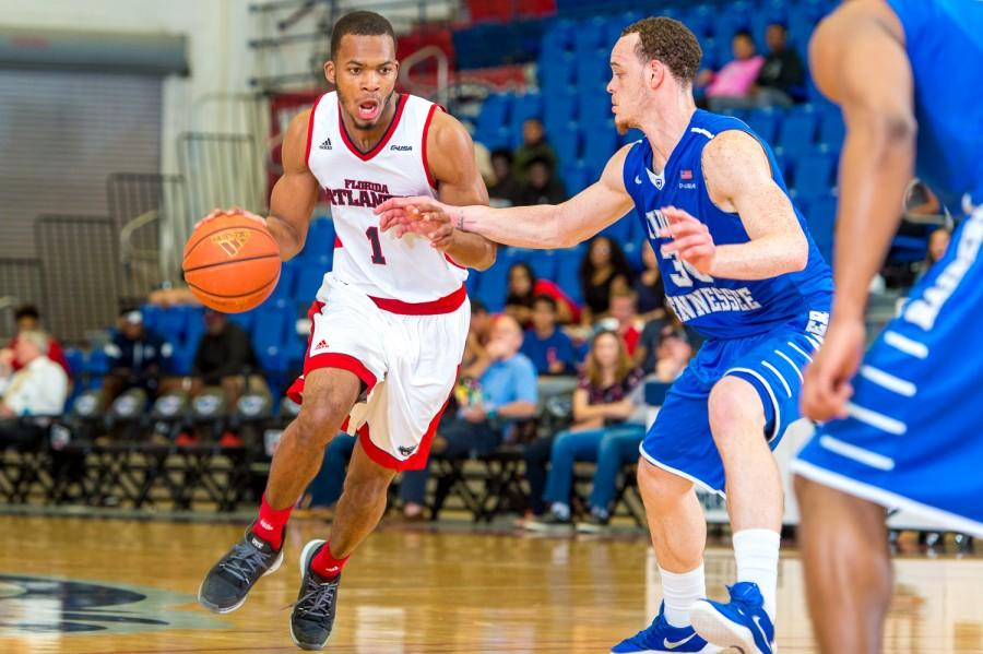 Gallery: Mens Basketball v. MTSU