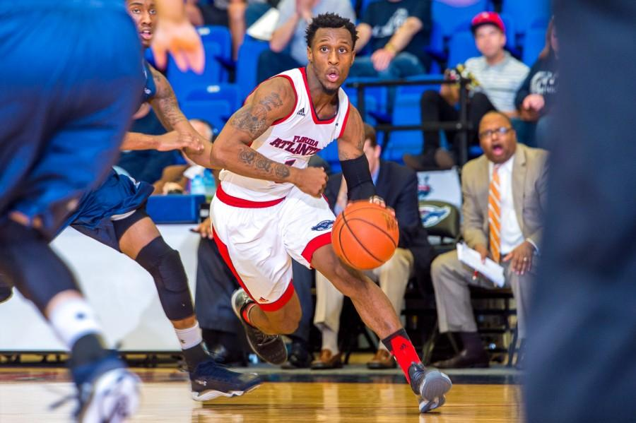 FAU guard Adonis Filer (3) dribbles toward the basket early in the first half versus Old Dominion on Jan. 28. Max Jackson | Staff Photographer
