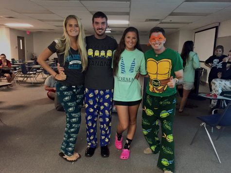 Best Buddies got together for a movie night and pajama party. Image courtesy of Best Buddies CollegiateLink page