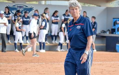 Softball: FAU loses all five games in Louisiana