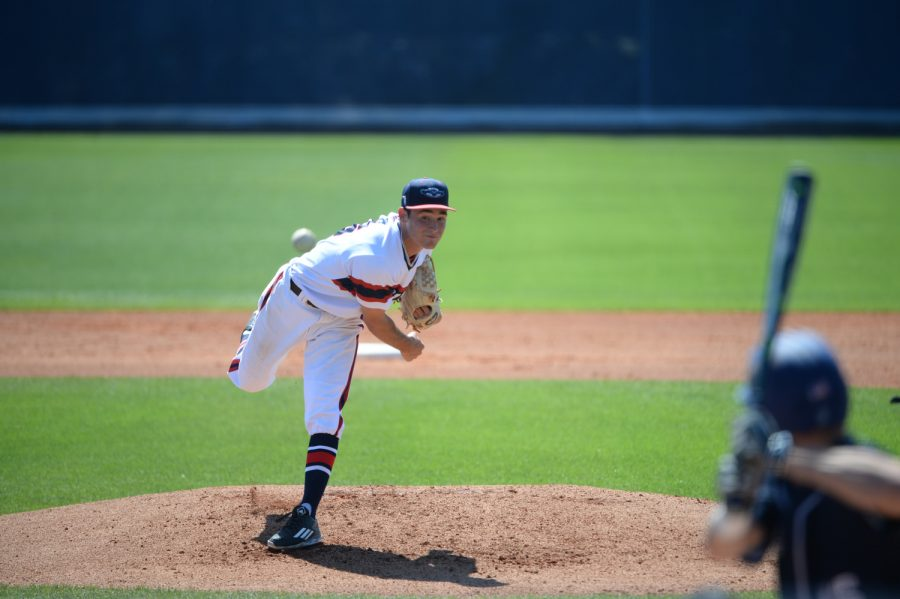 Junior+Marc+Stewart+notched+his+first+victory+of+the+season+after+throwing+5+2%2F3+innings+against+Maine+on+Wednesday.+Photo+courtesy+of+FAU+Athletics