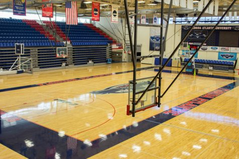 Getting into a basketball game at FAU Arena is as easy as presenting your OWL Card at the door. Andrew Fraieli | Managing Editor