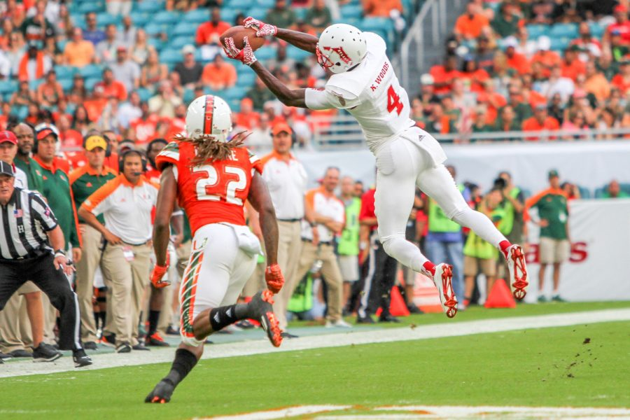 Redshirt+junior+Kalib+Woods+recorded+121+yards+on+nine+catches+in+the+Owls+38-10+loss+at+Miami+on+Sept.+10.+Brendan+Feeney+%7C+Sports+Editor
