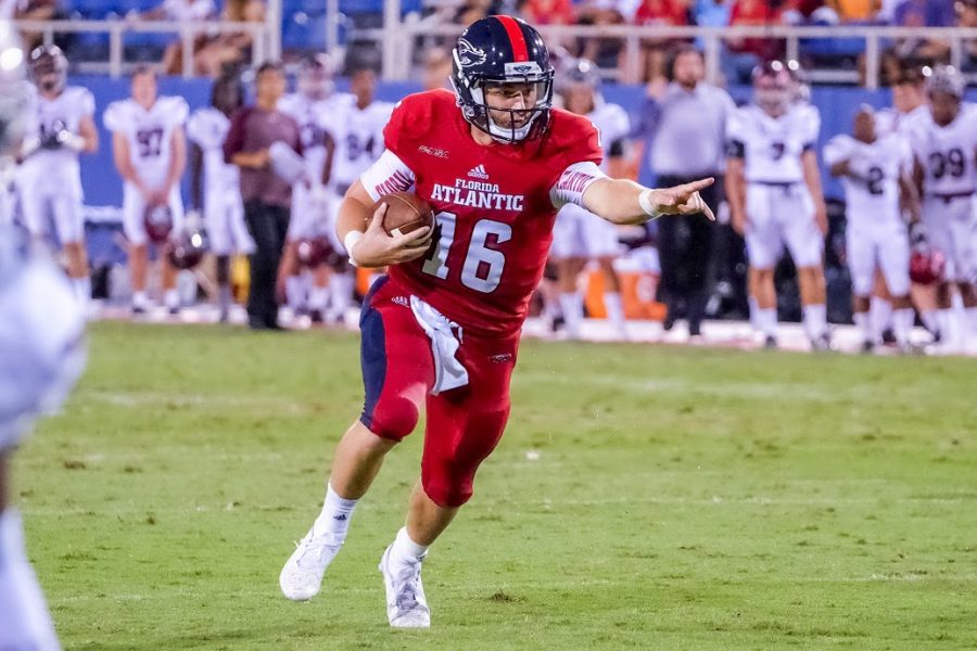 Redshirt+sophomore+Jason+Driskel+scrambles+during+FAU%27s+victory+last+Saturday.+Mohammed+F.+Emran+%7C+Staff+Photographer