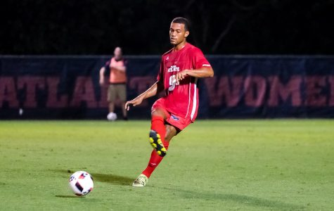 Men's soccer: Owls finish two-game weekend without a loss for first time since 2013