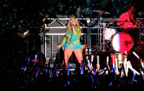"Kesha, who was the featured act of the 2016 OWLFest concert, performs her 2010 single ""We R Who We R."" Mohammed F Emran 