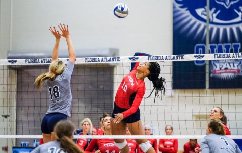Volleyball: Owls took three consecutive sets against Middle Tennessee on Sunday