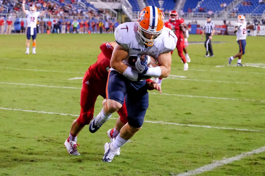 Miners tight end Hayden Plinke (85) scores a 11-yard touchdown to make the score 31-20 in favor of UTEP. Mohammed F Emran | Staff Photographer