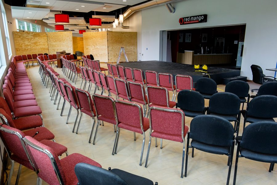 A+group+of+chairs+surround+a+makeshift+stage+in+Parliament+Hall+while+FAU%E2%80%99s+Theater+Lab+was+being+constructed.+Photo+by+Mohammed+F.+Emran