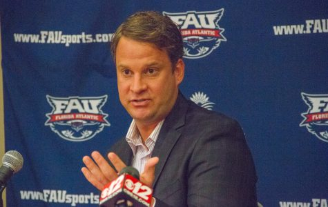 Football: Lane Kiffin's first recruiting class tops rest of Conference USA