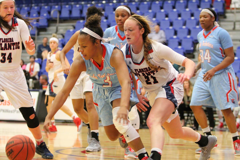 Freshman Julia Jenike scored 19 points in the Owls loss to Louisiana Tech on Thursday. Alexander Rodriguez | Contributing Photographer