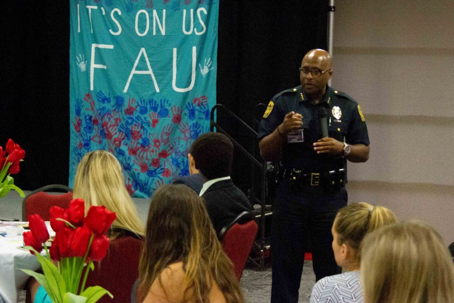 FAU police interim chief speaks to crowd at