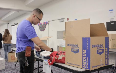 Day of Service sees students package supplies for hurricane victims