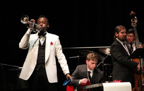 FAU jazz band gives first concert of the season
