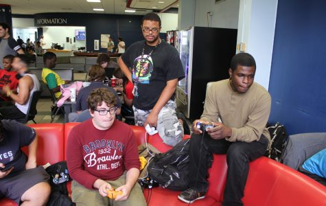 Students practice their Super Smash Bros. skills in the Student Union. Thomas Chiles | Features Editor