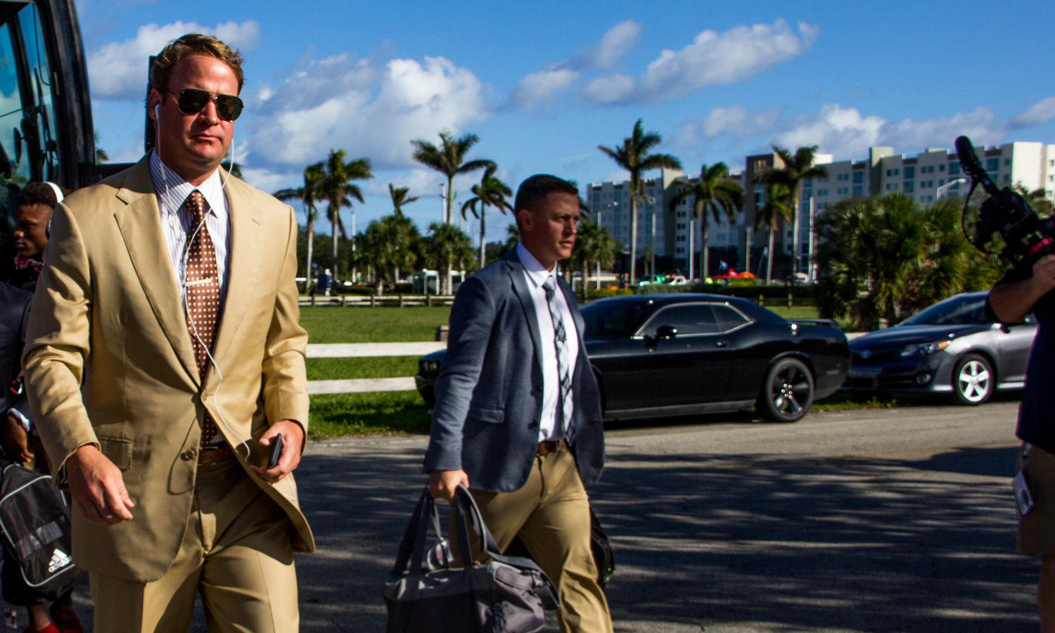 FAU head coach Lane Kiffin walks off the team bus before the team's Nov. 3 game versus Marshall. Lauren Sopourn | Staff Photographer