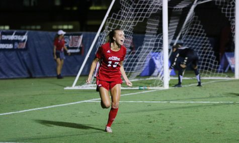 Women's Soccer: FAU defeats Niagara for second win of the year