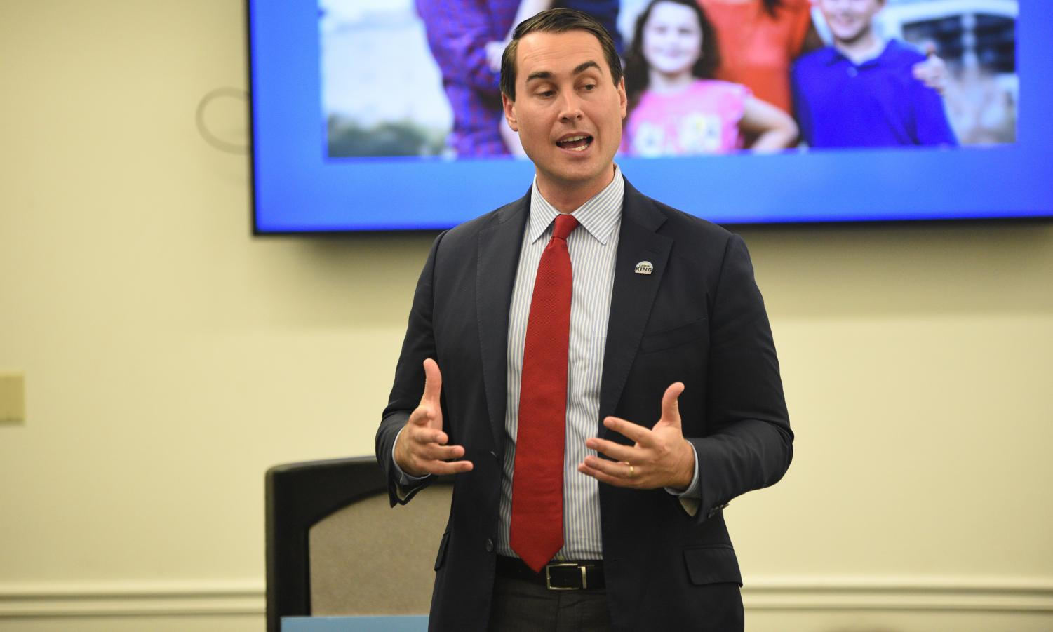 Florida governor candidate Chris King spoke to students at the Boca campus Friday.  Pierce Herrmann | Contributing Writer