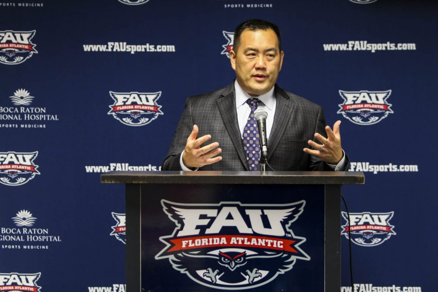FAU+athletic+director++Patrick+Chun+introduces+women%27s+basketball+head+coach+Jim+Jabir+during+a+press+conference+on+April+6%2C+2017.+Alexander+Rodriguez+%7C+Senior+Photographer