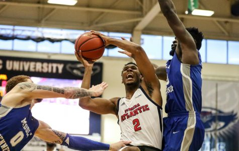 Men's Basketball: FAU beats Rice 63-62 at the buzzer