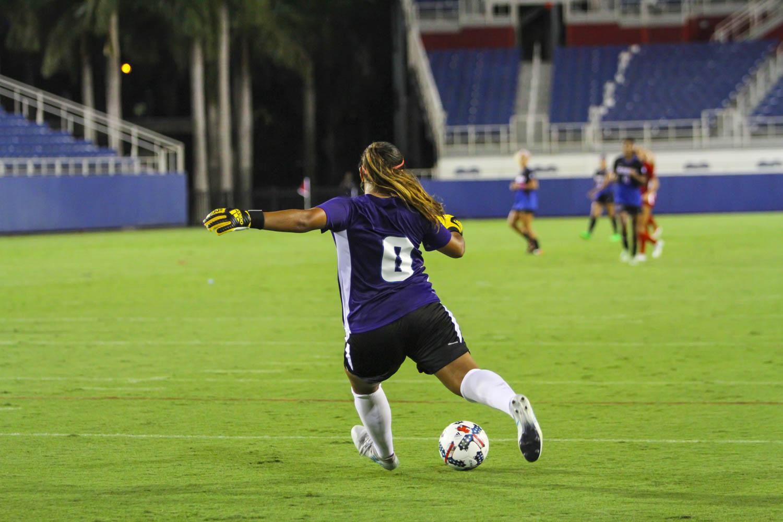 FAU goalkeeper Jennifer Ocampo (0) kicks the ball during a goal kick. Photo by: Alexander Rodriguez