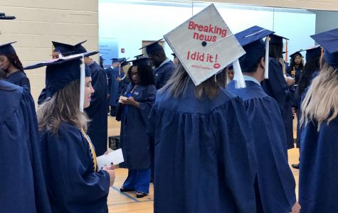 FAU holds rescheduled graduation for in-state students following 'credible threat' cancellation