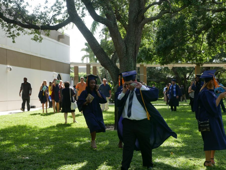 Ahead of today's 5 p.m. graduation ceremony, hundreds of students and FAU community members evacuated from the Boca Student Union. Earlier in the afternoon, an FAU employee found a post-it note that FAU police deemed a