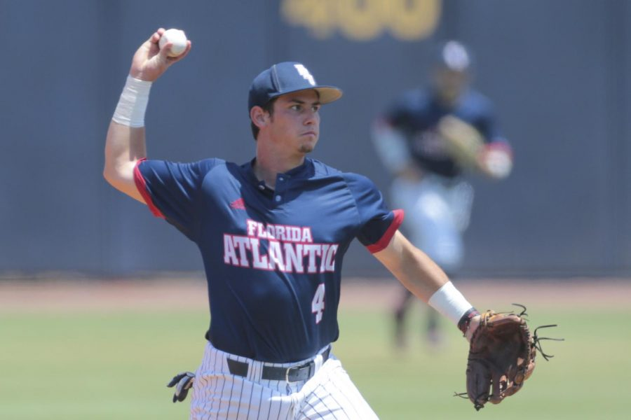 Infielder+Wilfredo+Alvarez+and+FAU+are+heading+to+Athens%2C+Ga.%2C+for+a+NCAA+baseball+tournament+matchup+with+FSU.+Jordan+Foreman%2FConference+USA