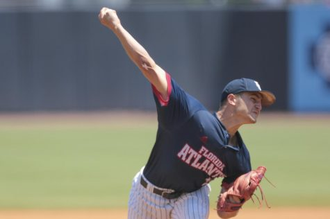 FAU loses to FSU in the first game of the Athens Regional, 13-7, could face elimination tomorrow