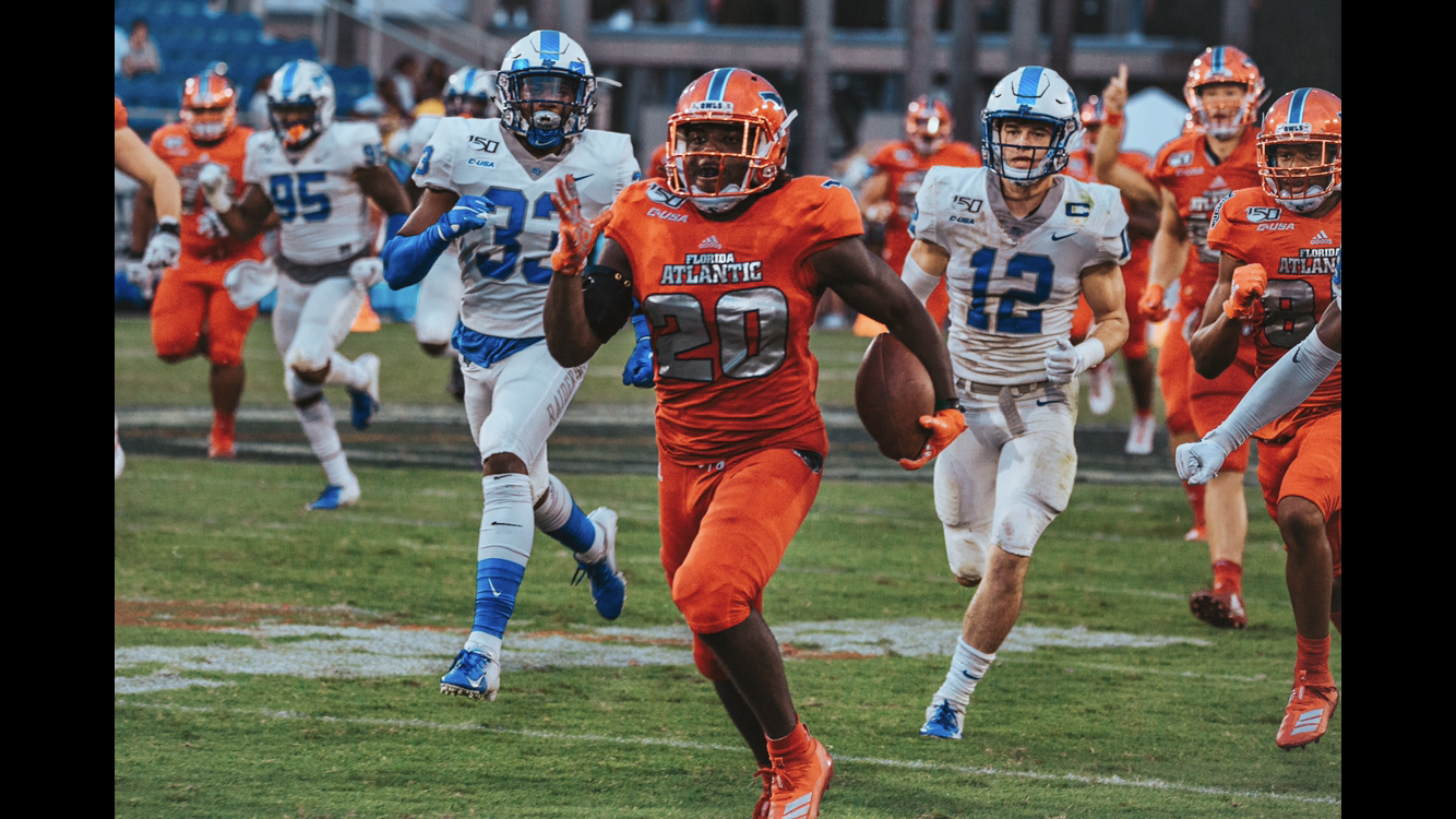 FAU played efficiently with their rushing attack led by Malcolm Davidson as he ran for 149 yards and a touchdown. Photo by: Alex Liscio