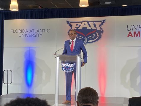 "FAU close to reaching deal for ""Boca Bowl"" at FAU Stadium"