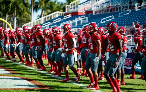 FAU Owls on the sidelines during a game against the UAB Blazers on Dec. 7th. Photography by Photo editor Alex Liscio.