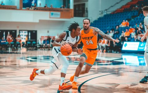 FAU men's basketball defeats UTEP 59-56