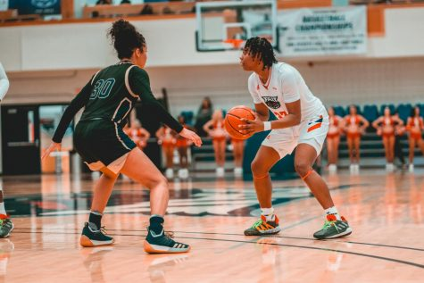 Freshman guard Tanyia Gordon had a breakout game scoring 26 points in the win against FIU. Photo by: Alex Liscio.