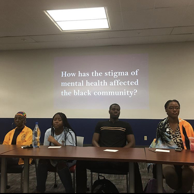 Left+to+right%3A+Aaliyah+Fisher%2C+Ronelle+Harper%2C+John+Mitchell+and+Samantha+Dupuy+at+this+week%27s+panel+on+mental+health+in+the+Black+community.+Photo+courtesy+of+Center+for+IDEAs+
