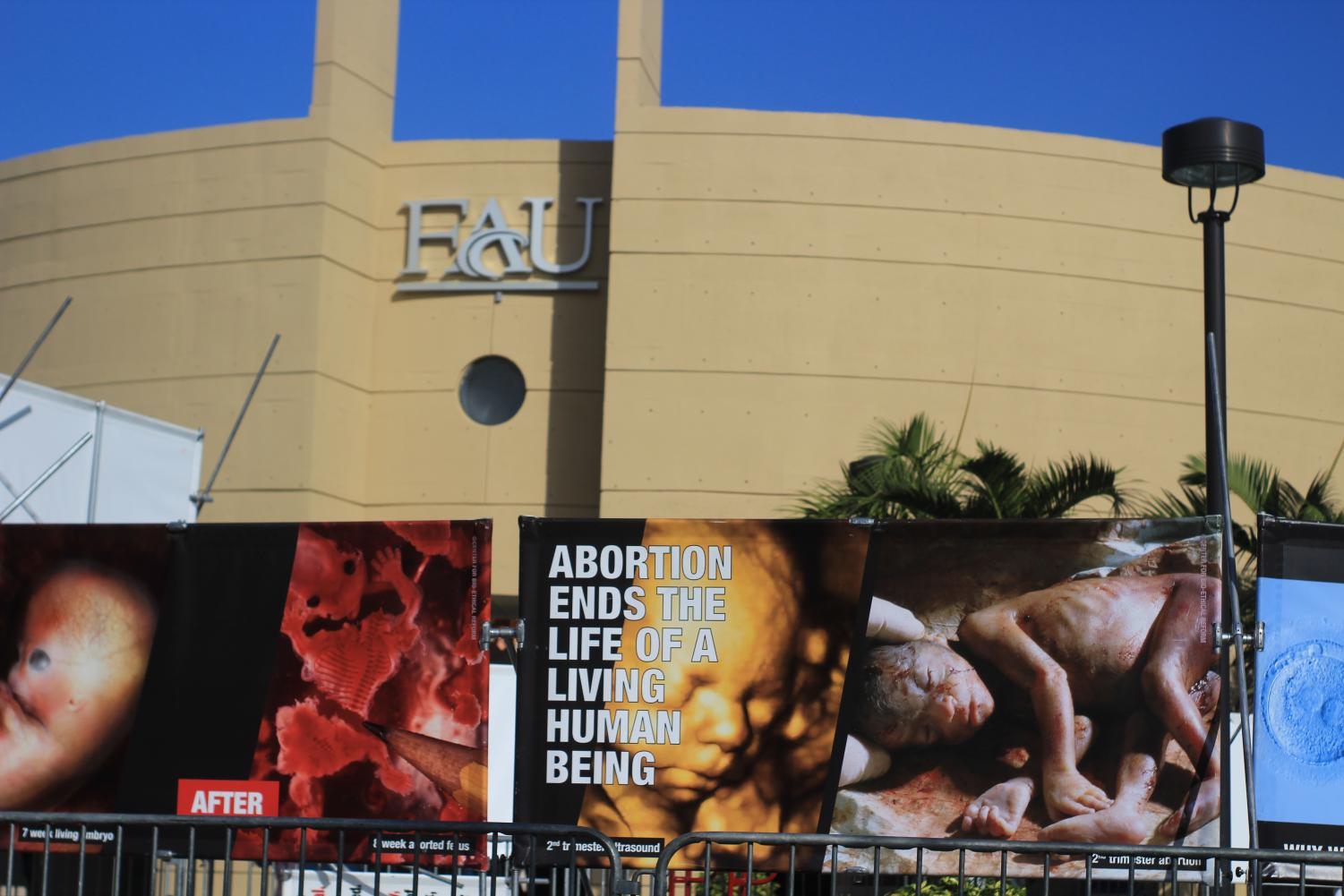 The abortion protest on Thursday at the Boca campus. Photo by Eston Parker III