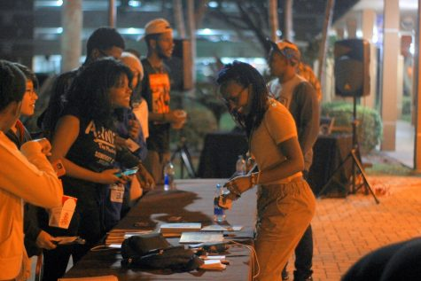 FreeQuency meeting students after her performance on the Live Oak Patio. The event was organized by FAU Multicultural programming. Photo by Eston Parker III.