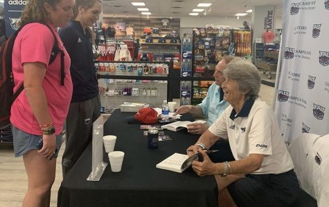 FAU head coach and author Tony Renzoni talk to athletes at the campus bookstore on Wednesday. Photo courtesy of FAU Softball