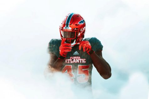 FAU defensive end Tim Bonner recorded three sacks with 7.5 tackles for loss this past season. Photo by Alex Liscio.