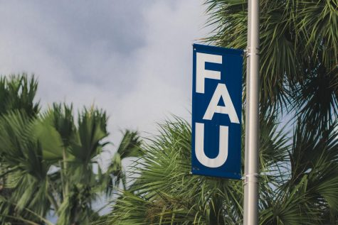 FAU announces that classes held on Monday will be canceled. Photo by Alex Liscio.