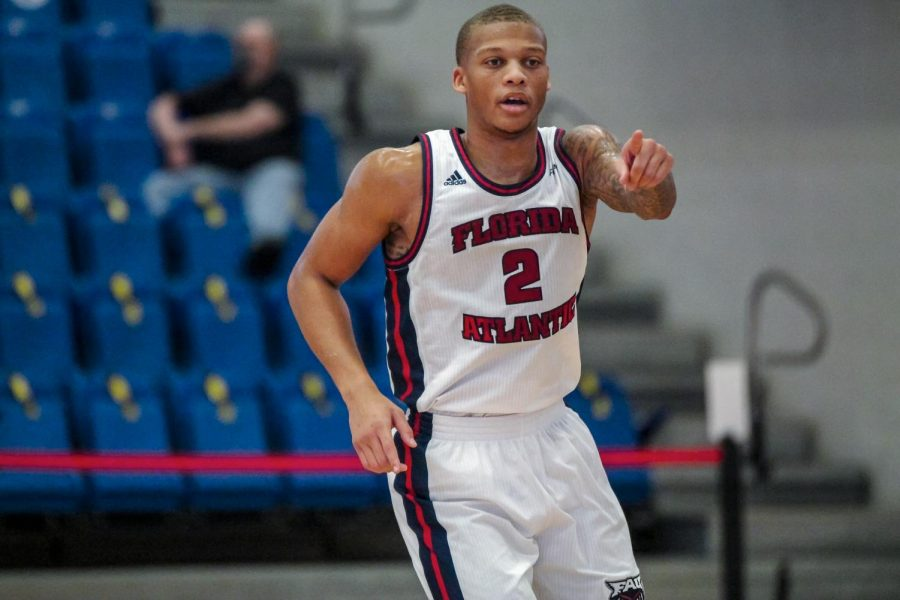 Sophomore guard Everett Winchester had nine points in FAU's loss to Stetson. Photo courtesy of FAU Athletics.