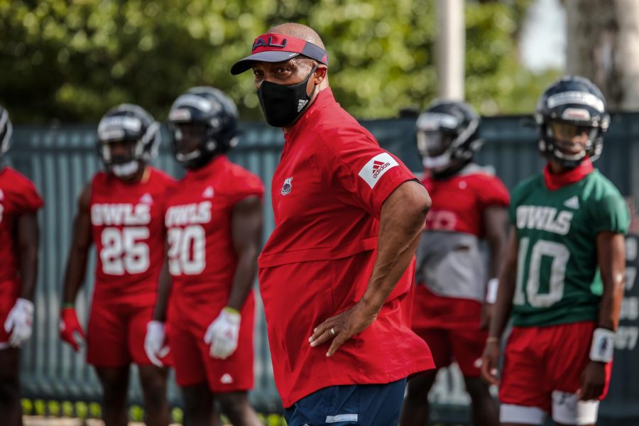 Michael+Johnson+will+play+a+crucial+role+as+the+co-offensive+coordinator+and+the+quarterback+coach+for+the+Owls.+Photo+courtesy+of+FAU+Athletics.