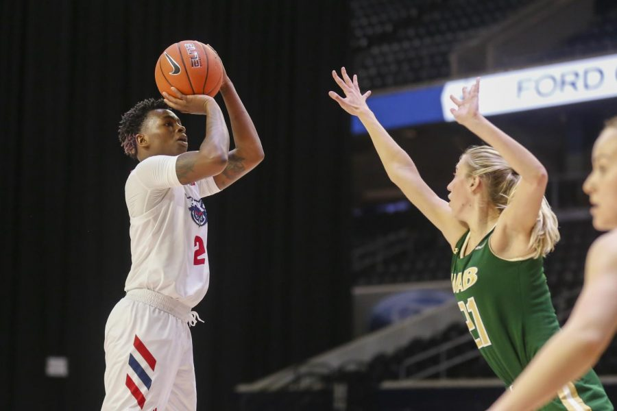 Iggy Allen (pictured #2) had a double-double of 30 points and 16 rebounds in Wednesday's win over UAB. Photo courtesy of Colin Mitchell from Conference USA.