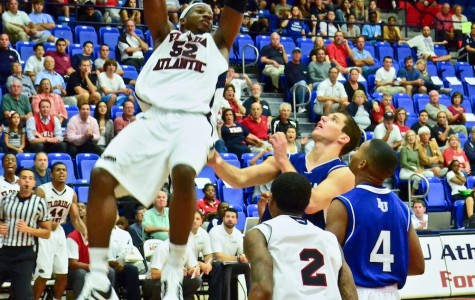 Basketball: FAU defeats Lynn 64-53 in exhibition