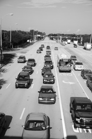 Palmetto Park Road is currently six lanes. Construction would make the road eight lanes. Photo by Christine Capozziello.