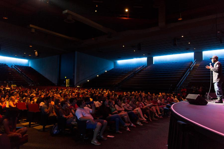 FAU's second comedy show this semester keeps students laughing